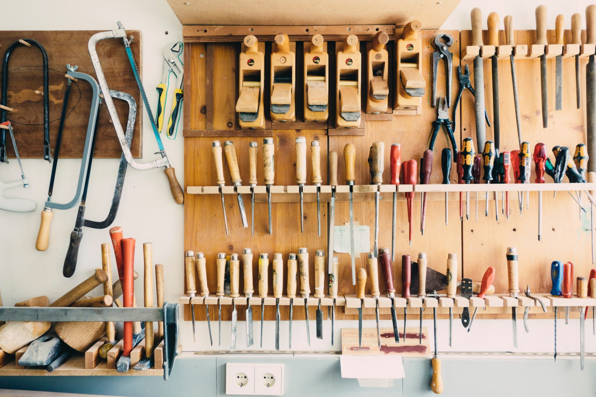 Hammer, Nail, and Overengineering: Become a better engineer with the toolbox mindset.